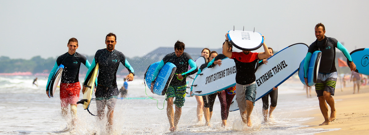 Surfing.jpg (208 KB)