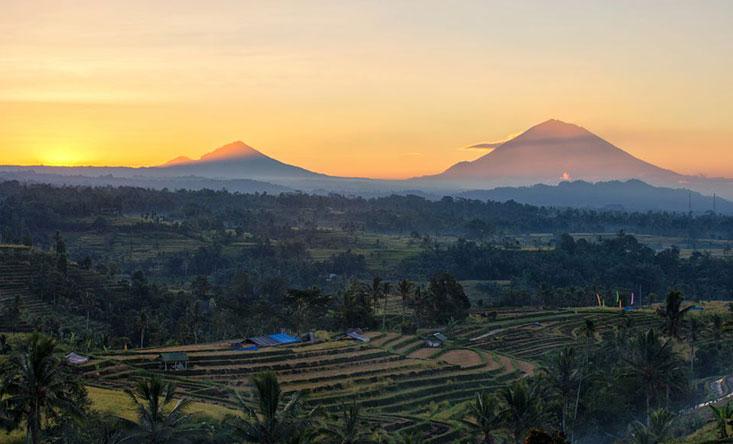 Агунг Бали