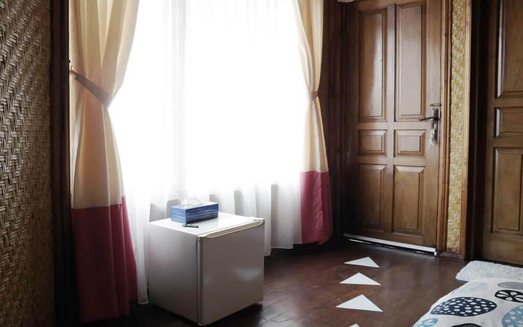 Комната #9 на втором этаже с доступом на балкон