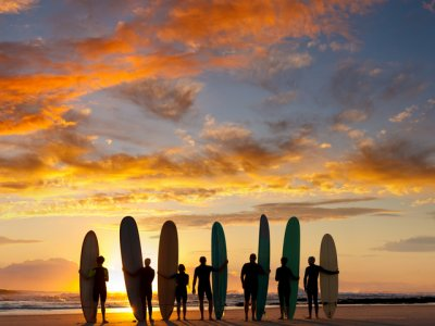 Сравнение школ серфинг с русскоязычными инструкторами на Бали