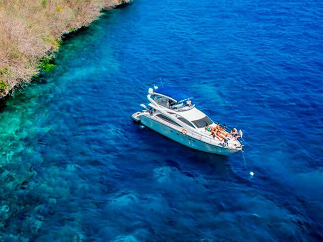 Yacht cruise in Bali for group up to 8 persons!