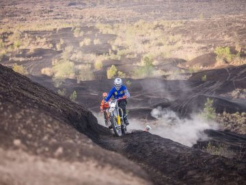 Bali Motocross Dirt Bike Adventure Tours | 2.5h for 72USD; 4h for 86USD
